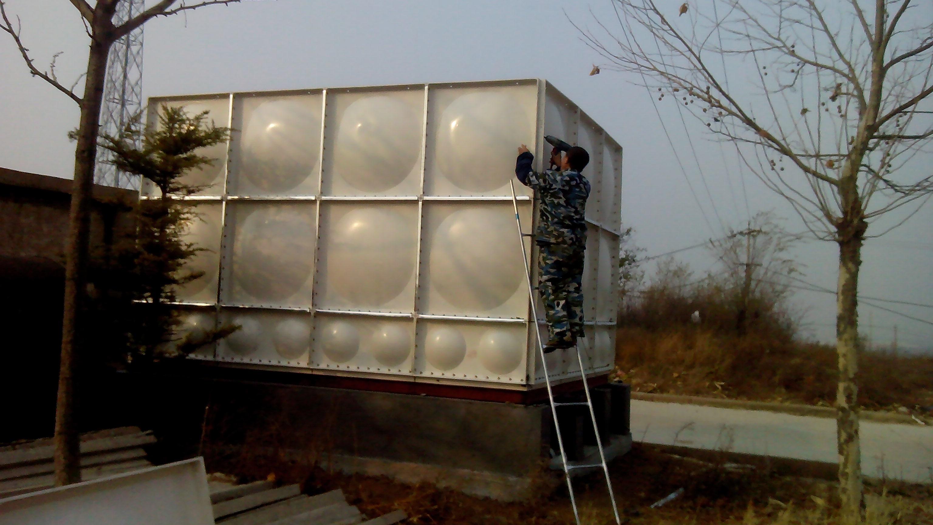 嘉峪关玻璃钢水箱